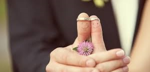 Кто покупает кольца для свадьбы