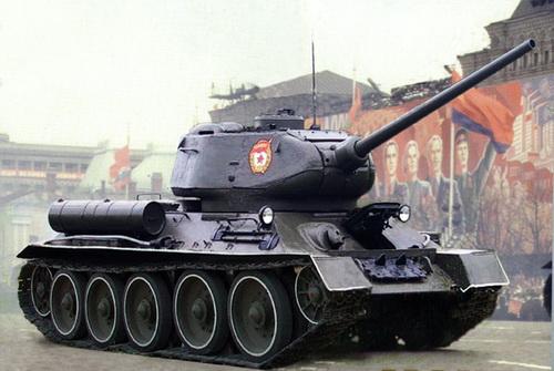 Танки Т-34-85 и САУ СУ-100 прошли ремонт и готовы к Параду Победы