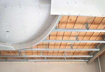 Потолок из гипсокартона: знакомство с технологией