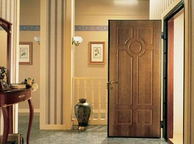 Популярность металлических дверей