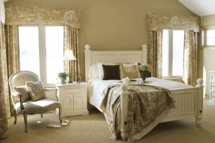 Кровать в прованском стиле
