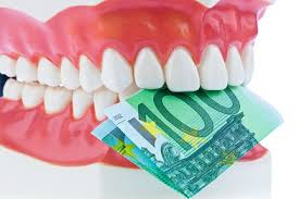 почему лечить зубы дорого